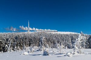 Brockenbahn mit 99 7237-3 unterhalb der Brockenantenne // Brocken Railway with 99 7237-3 underneath the Brocken antenna