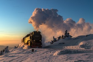 Brockenbahn mit 99 7238-1 im Sonnenuntergang // Brocken Railway with 99 7238-1 in the sunset