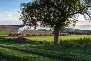 Dampf trifft Kies mit 2.500 to. Kiesgüterzug // Steam meets gravel with 2.500 to. gravel freight train